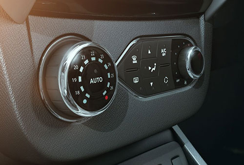 duster-auto-climate-control.jpg